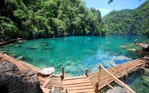 island-hopping-in-the-philippines_coron-island-philippines