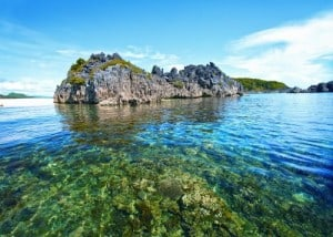 island-hopping-in-the-philippines_manila-beach