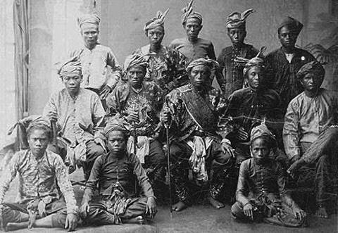 moro-conflict-mindanoa-philippines-tribe