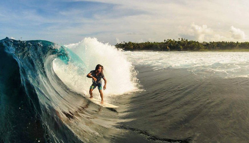 siargao-cloud-9-wave