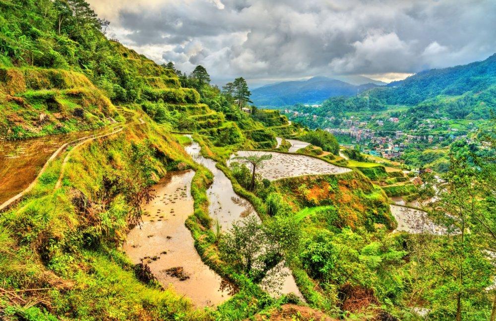 Banaue-Rice-Terraces-luzon-philippines