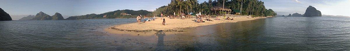 El-nido-island-hopping-philippines-20150131-171128