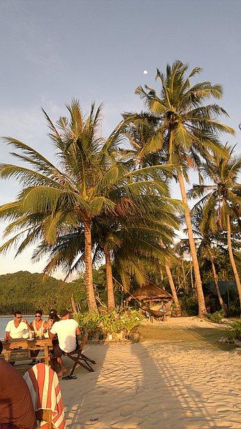 El-nido-island-hopping-philippines-310120152261