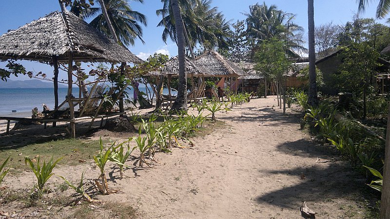 island-hopping-in-the-philippines-boat-launch-180220152436