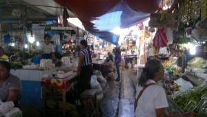 puerto-princesa-market-060220152316