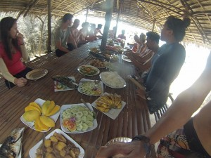 island-hopping-philippines-eating-GOPR0166