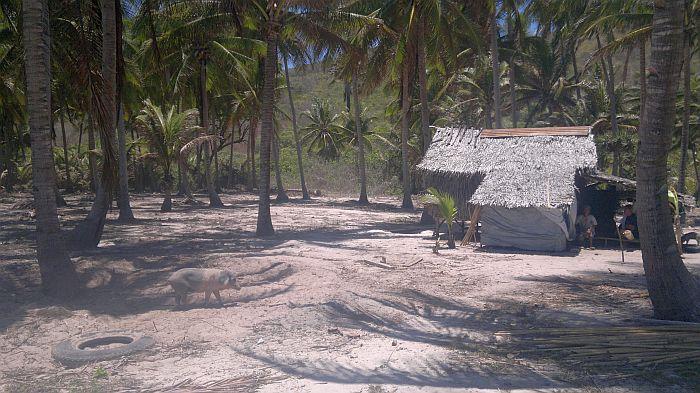 island-hopping-philippines-kitesurfing-beach-090420152719
