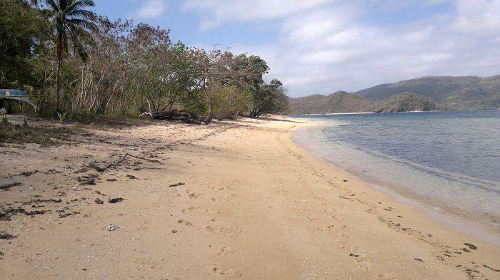 island-hopping-philippines-patoyo-290320152623