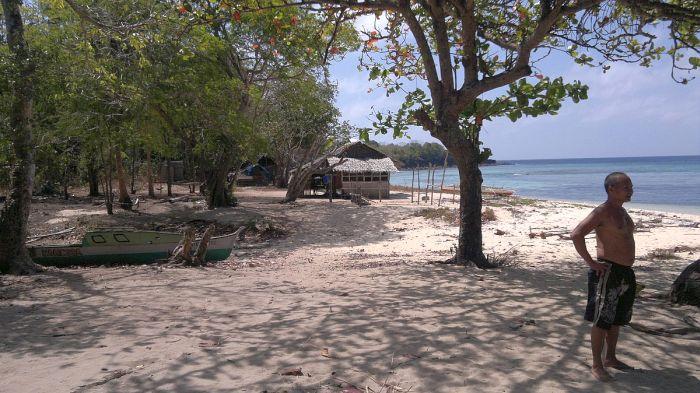 island-hopping-philippines-patoyo-290320152624