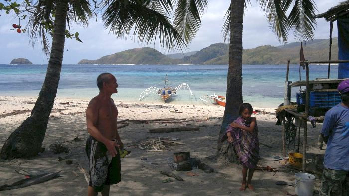 island-hopping-philippines-patoyo-290320152625