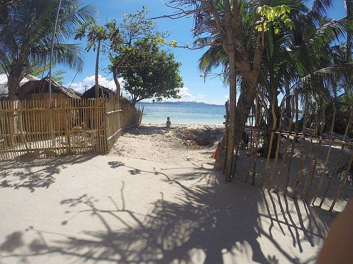 calibangbangan_island-hopping-philippines_DCIM100GOPRO