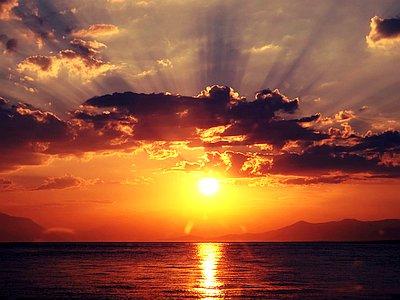 ocean-Beautiful-Sunset-philippines-island-hopping