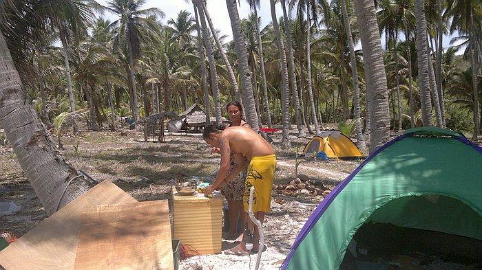 island-hopping-philippines-kitesurfing-kiteboarding-resort_010620152845