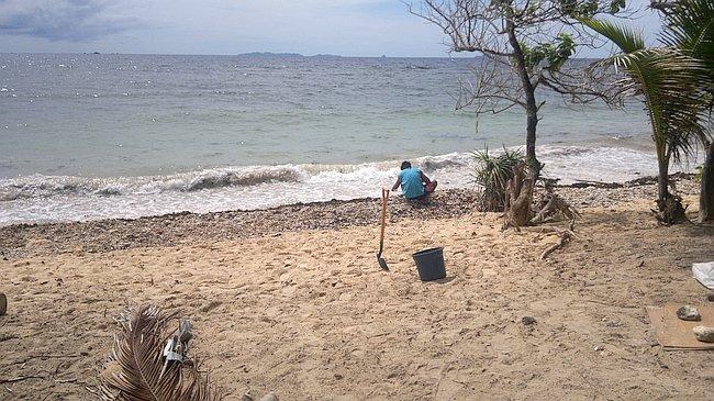 island-hopping-philippines-kitesurfing-kiteboarding-resort_150620152861