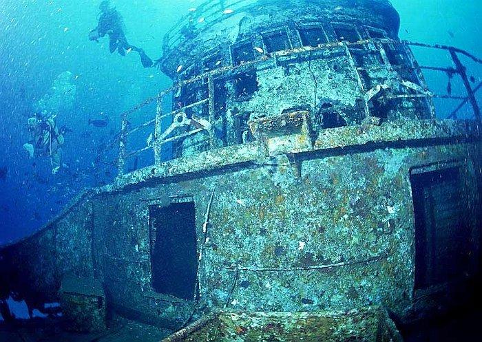 suggested-travel-itinerary-palawan_Wreck-Diving-coron-palawan