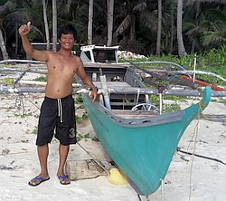 island-hopping-boat-tours-philippines-palawan-alvin