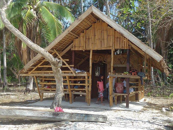 island-hopping-boat-tours-philippines-palawan-benji-DSC02418
