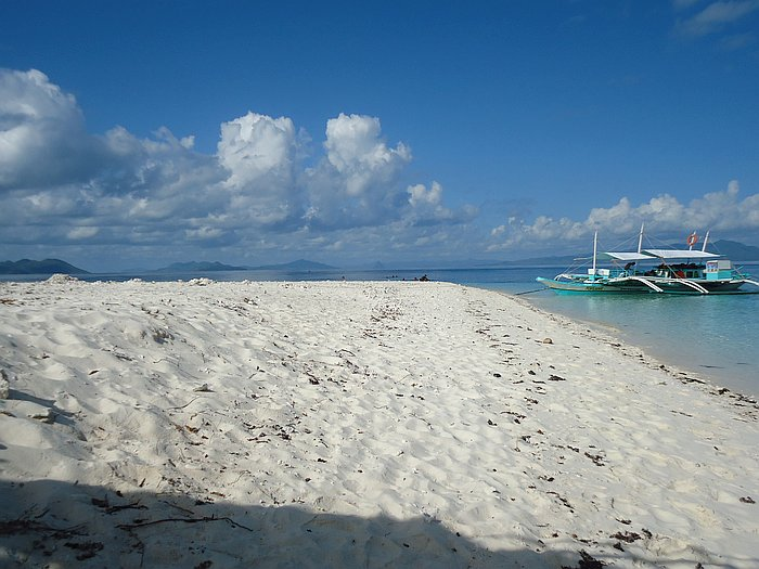 island-hopping-boat-tours-philippines-palawan-benji-DSC02483
