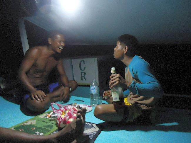island-hopping-boat-tours-philippines-palawan-benji-DSC02515