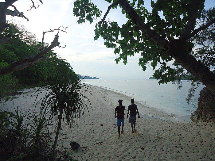 island-hopping-boat-tours-philippines-palawan-benji-DSC02581