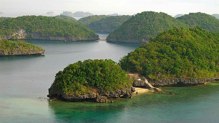 nature-natural-beauty-philippines-Hundred Islands-National-Park-Pangasinan