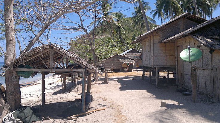 boat-tours-philippines-040420152696