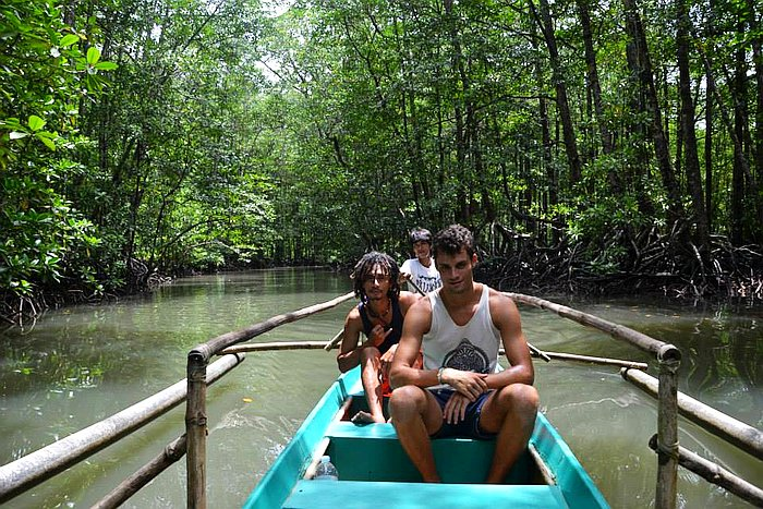 private-underground-river-tour-in-sabang-puerto-princesa-10891615_10152665830368090_8087006843054094847_n