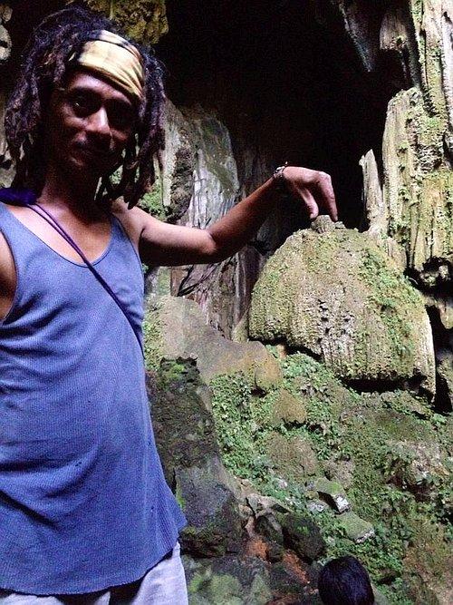 private-underground-river-tour-in-sabang-puerto-princesa-11036831_10155479042595464_5278345737299382785_n