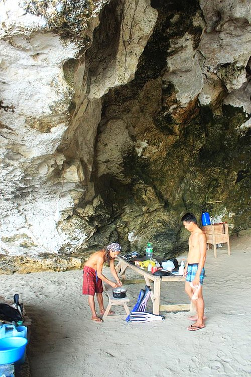 private-underground-river-tour-in-sabang-puerto-princesa-13254609_10154703557791840_1911584908769044399_n