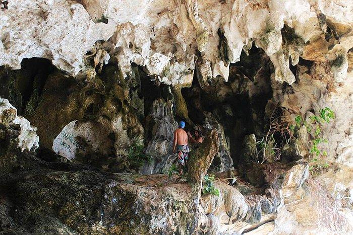 private-underground-river-tour-in-sabang-puerto-princesa-13260087_10154703557546840_5407573929919674460_n