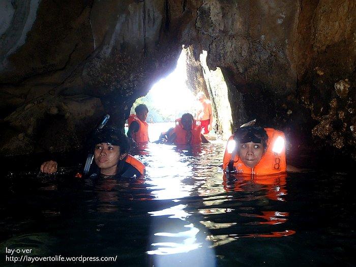 el-nido-lagoon-tours-mini-cave-at-small-lagoon-2