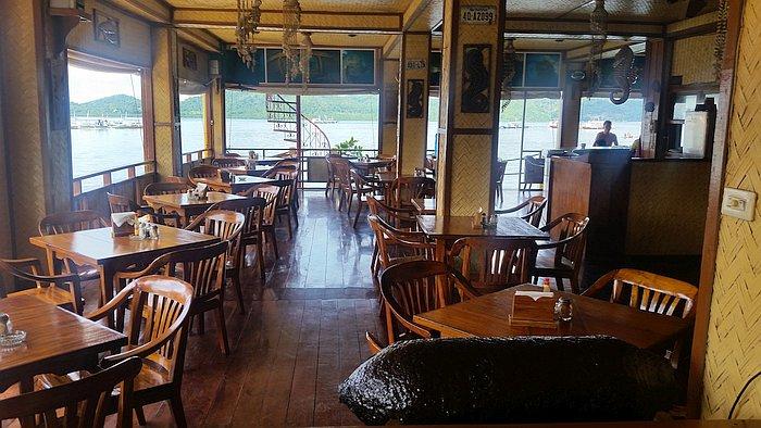 seadive-restaurant-coron