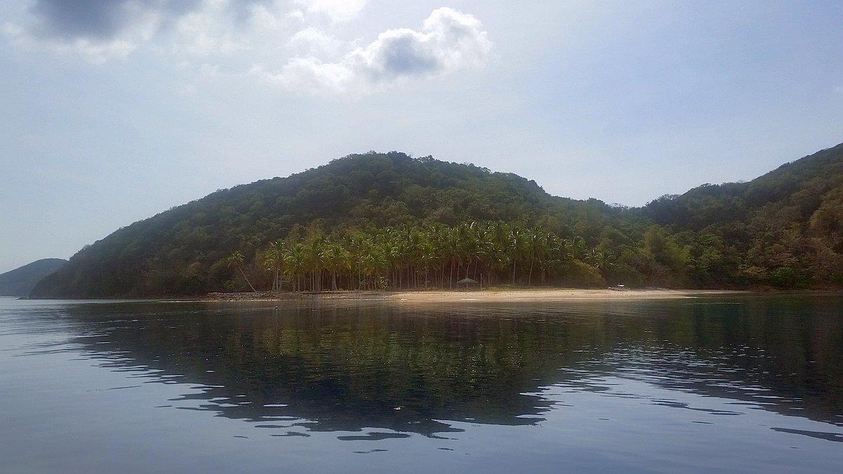 Kayangan-Lake-and-Twin-Lagoons-Coron-20170209_091040