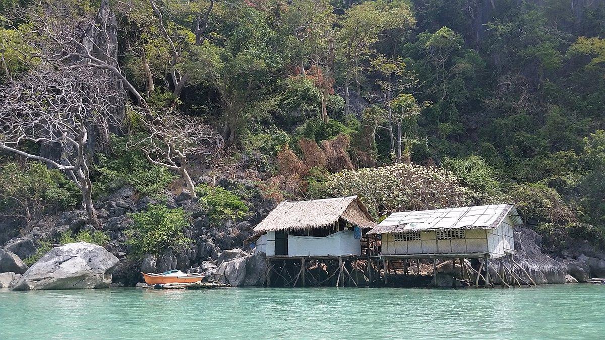 Kayangan-Lake-and-Twin-Lagoons-Coron-20170209_112905