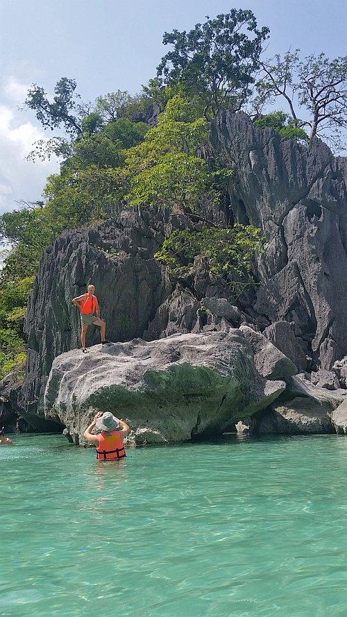 Kayangan-Lake-and-Twin-Lagoons-Coron-20170209_113042