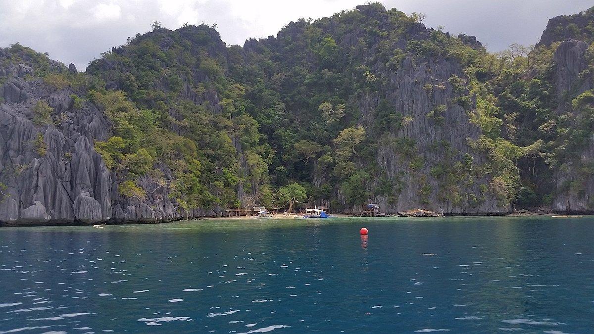 Kayangan-Lake-and-Twin-Lagoons-Coron-20170209_121304