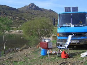 solar-panels-electricity-off-grid