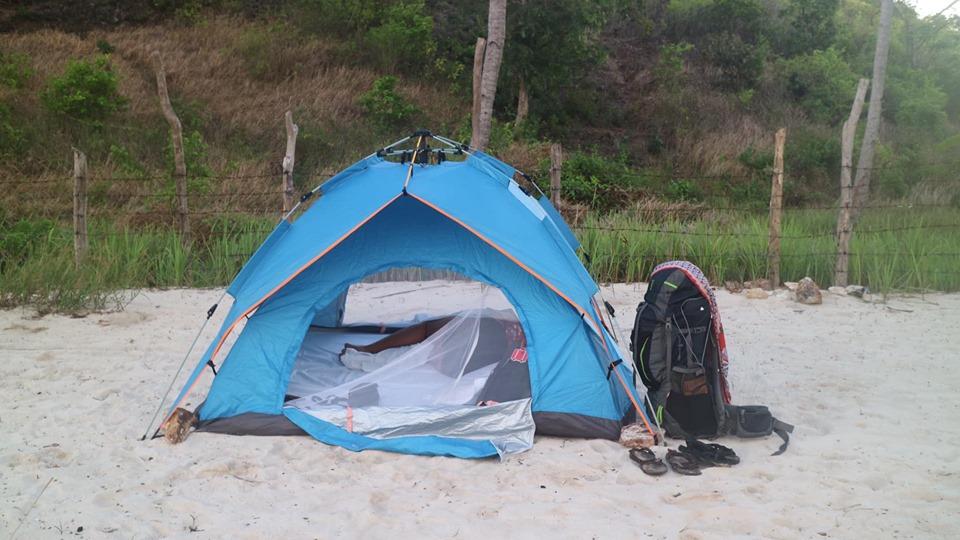 El Nido to Coron Island Hopping Boat Tours sleep on the beach