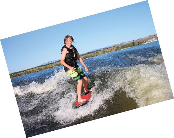 wakesurf-board-2