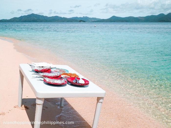 Fine dining on Malcapuya Coron islands tour.