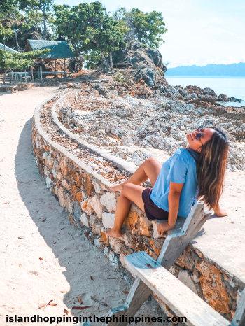 Interesting paths to explore on Malcapuya Coron Islands tour.