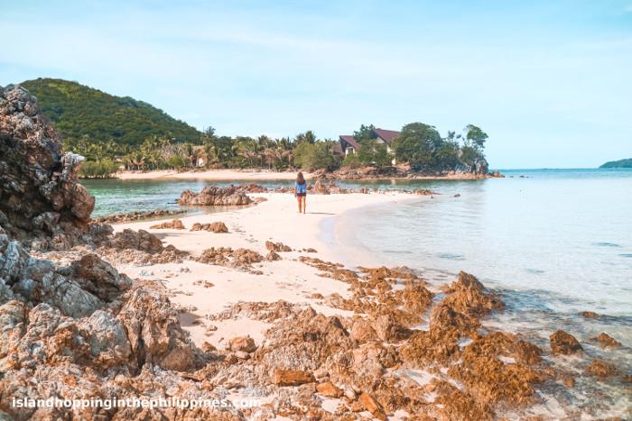 Cool sandbars on Malcapuya Coron Islands tour.