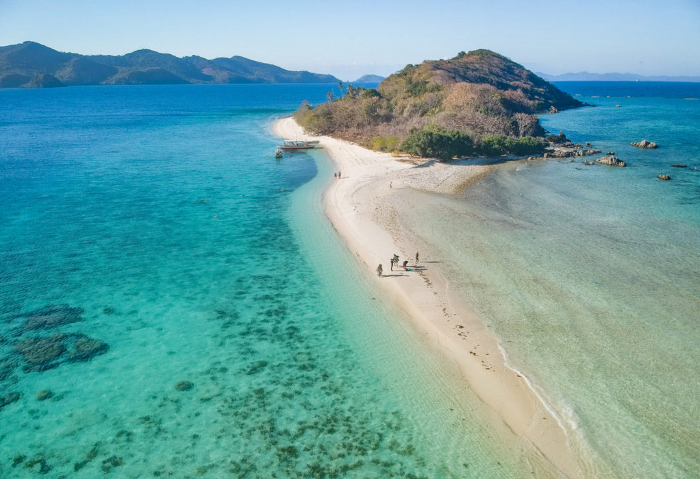 Videos of Palawan boat tours between El Nido and Coron