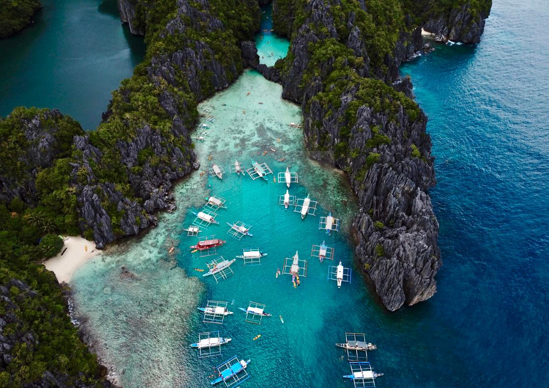 El Nido to Coron Island Hopping Boat Tours beautiful lagoons