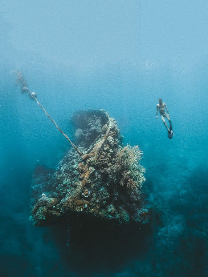 Coron Multi-day Island Hopping Boat Tour Expedition scuba diving