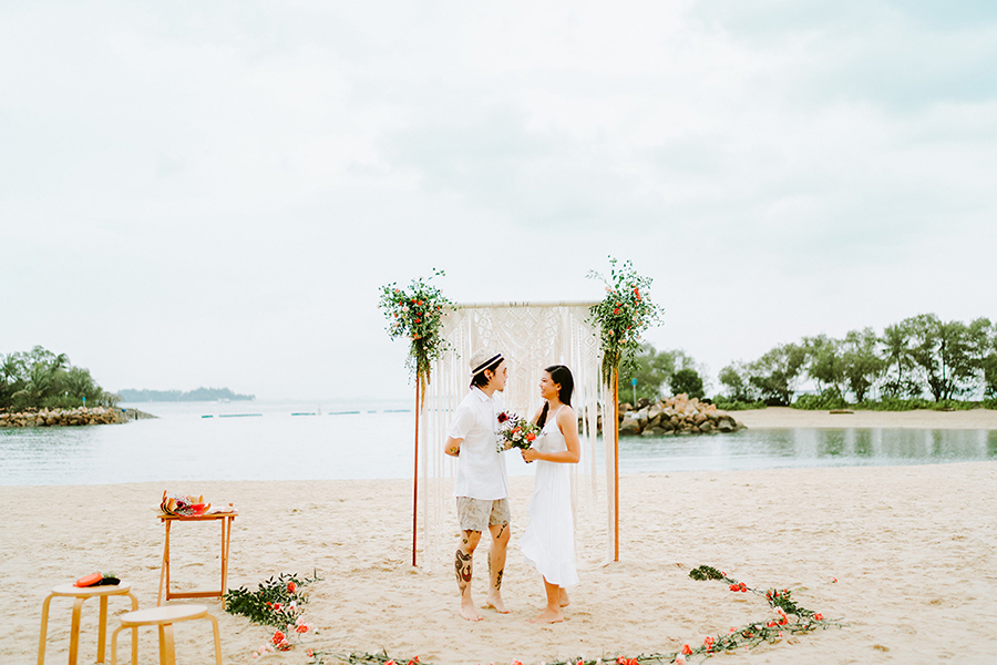 Romance in Marriage Proposal Package in Palawan while Island Hopping.