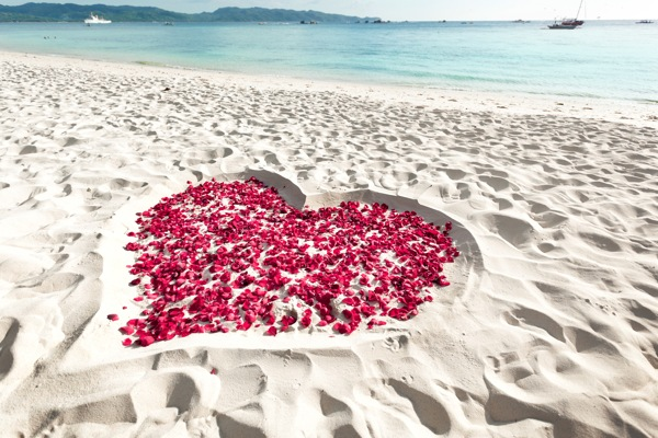 Express your love through Marriage Proposal Package in Palawan while Island Hopping.