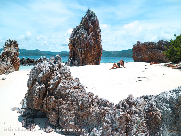 Coron Multi-day Island Hopping Boat Tour Expedition secluded and quiet beaches