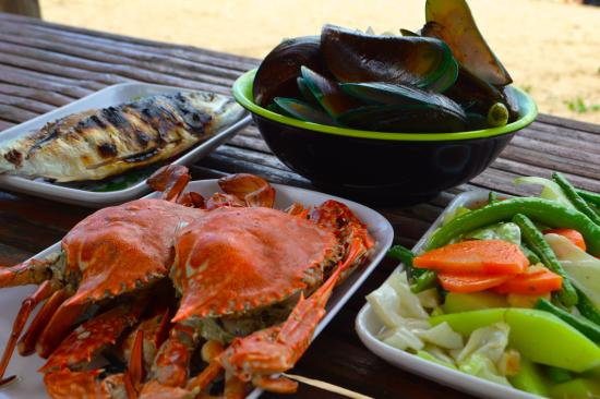 El Nido to Coron Island Hopping Boat Tours fresh seafood