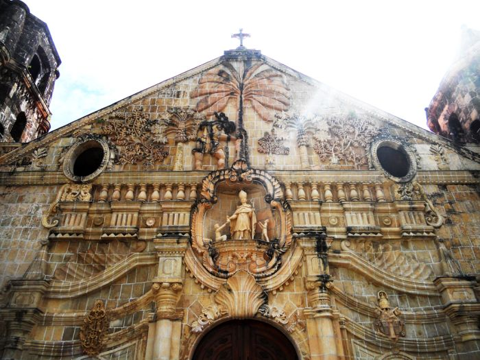 Facade-of-Miagao-Church